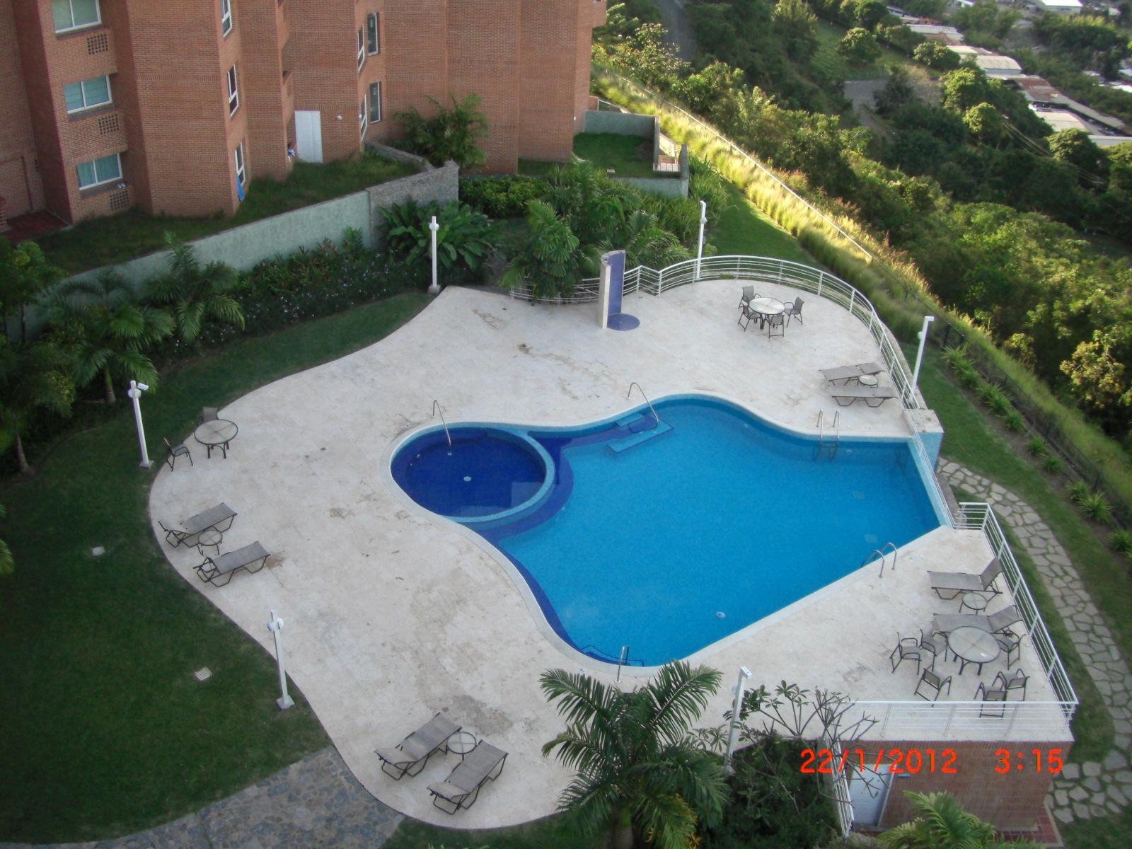 Piscina y jardines - Jardin y piscina ...